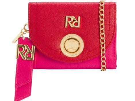 59009e951 Rafitthy apresenta mix elegante de bolsas e carteiras para festas de fim de  ano