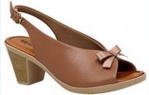 186cdba99 Pensando nisso, a Usaflex, pioneira na fabricação de calçados com conforto  e moda, investiu em rasteiras e ...