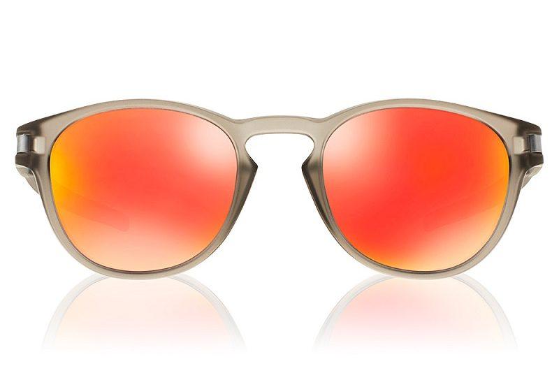 8ca94d15f Tendências para o verão 2019: aposte em óculos com lentes coloridas ...